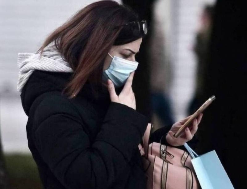 Κορονοϊός: Επιμένει ο ΠΟΥ για τον κίνδυνο μόλυνσης των νέων