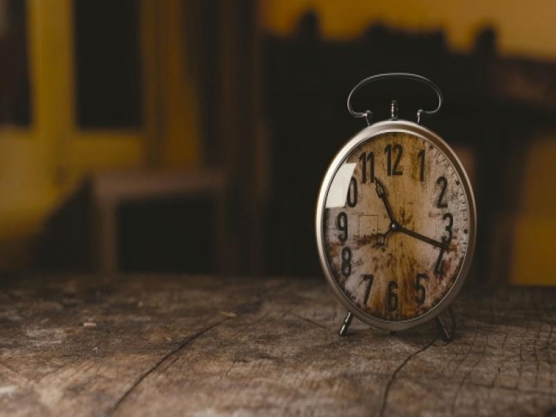Αλλαγή ώρας 2021: Πότε γυρνάμε τα ρολόγια μία ώρα πίσω
