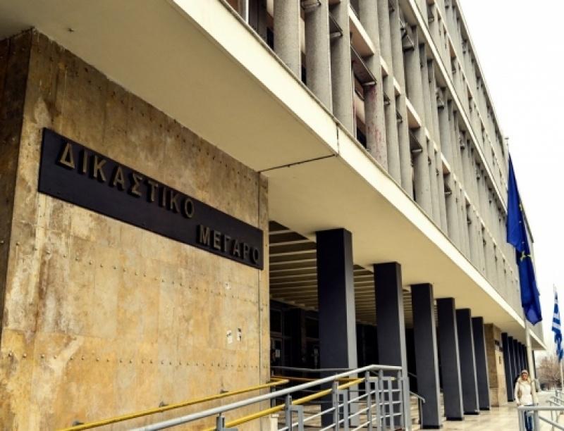 Στα δικαστήρια πρώην φοιτήτριες του ΔΙΠΑΕ – Καταγγέλουν καθηγητή για σεξουαλική ...