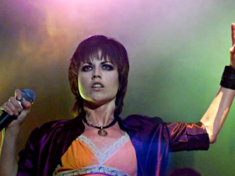 Θλίψη για τον θάνατο της τραγουδίστριας των Cranberries