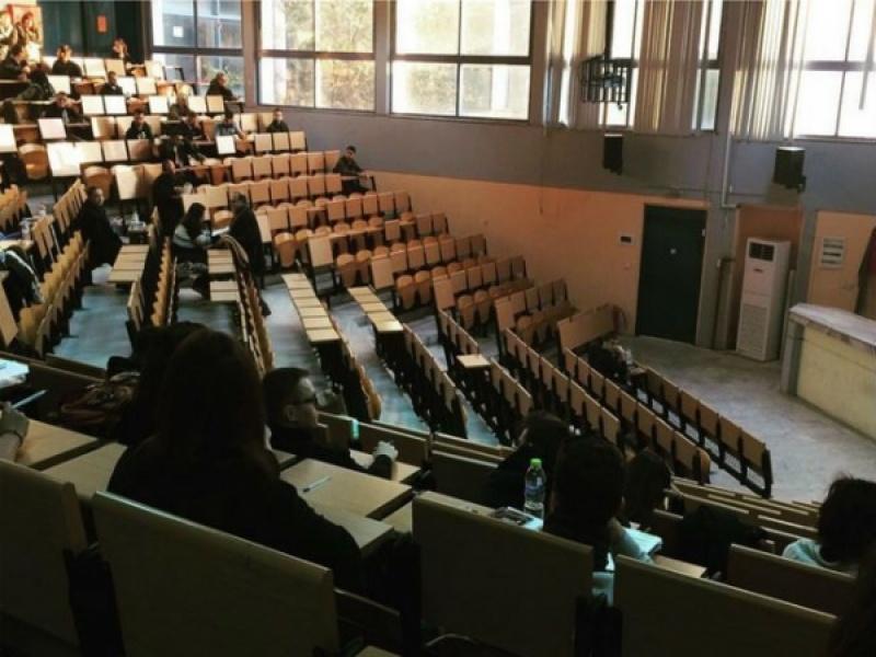 ΔΠΘ: Εντοπίστηκε το πρώτο κρούσμα σε φοιτήτρια! - Τι πρέπει να κάνουν οι φοιτητέ...