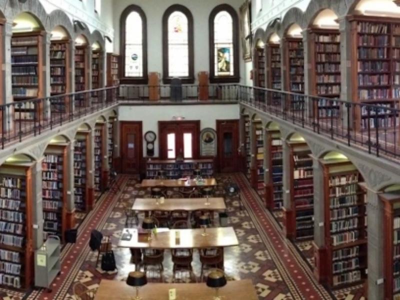 Ελληνικά πανεπιστήμια και brain drain: Η εμπειρία ενός καθηγητή που επέστρεψε κα...