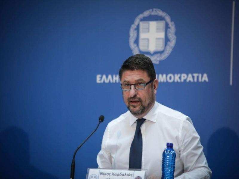 Κορωνοϊός: Νέα μέτρα ανακοίνωσε ο Ν. Χαρδαλιάς – Τι θα ισχύσει σε κέντρα διασκέδ...
