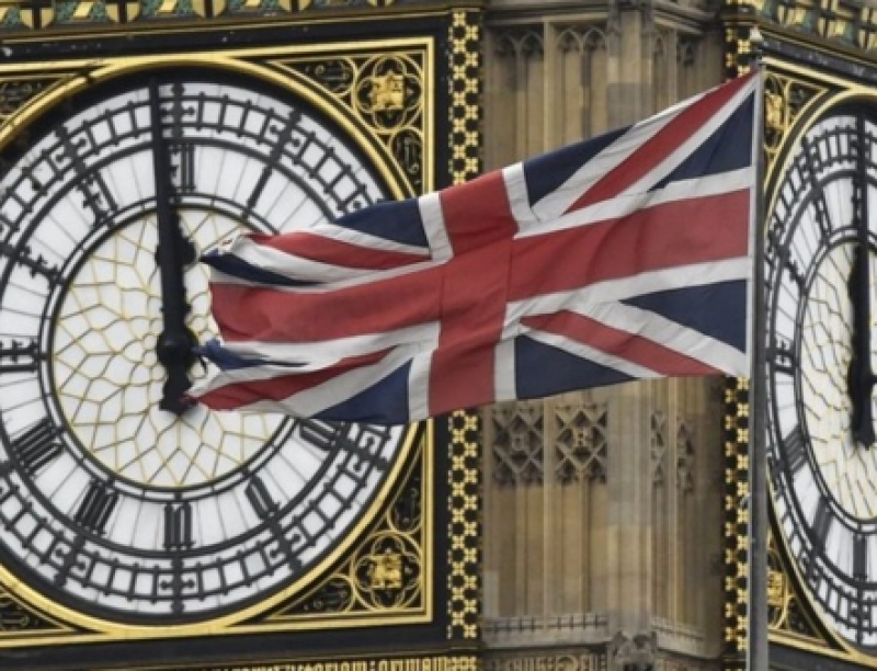 Brexit: Αποχαιρέτα την Αγγλία που ήξερες - Τέλος τα φοιτητικά δάνεια για ξένους ...