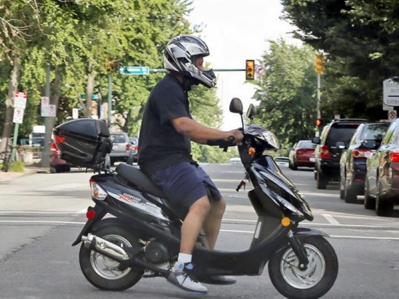 Αν έχεις δίπλωμα για αυτοκίνητο, θα μπορείς να οδηγείς και μοτοσικλέτα μέχρι 125...