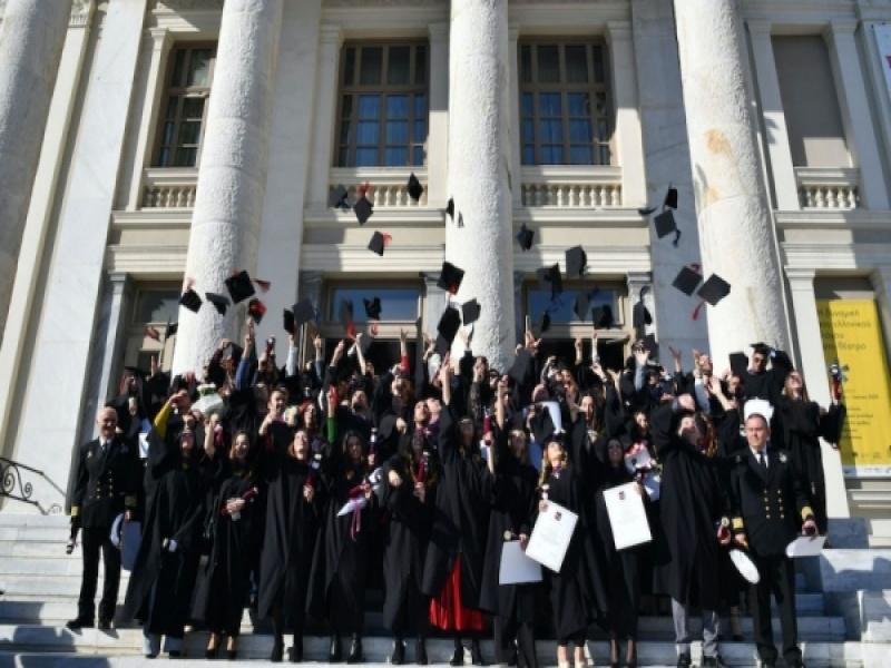 Μετά τις 27 Ιουνίου ξεκινούν οι δια ζώσης ορκωμοσίες στα πανεπιστήμια, ετοιμάστε...