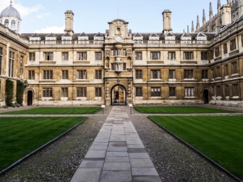 Άνοιξαν οι αιτήσεις για τις Gates Cambridge Scholarships