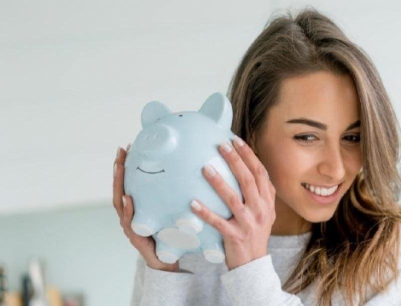 Δε θέλει κόπο | 7 εύκολοι τρόποι να σου μένουν χρήματα στην άκρη, όσο είσαι φοιτ...