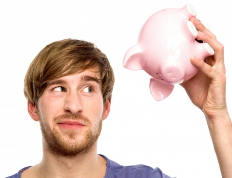Αν δεν σου μένουν ποτέ χρήματα στο τέλος του μήνα, τότε κόψε αυτές τις 7 κακές σ...