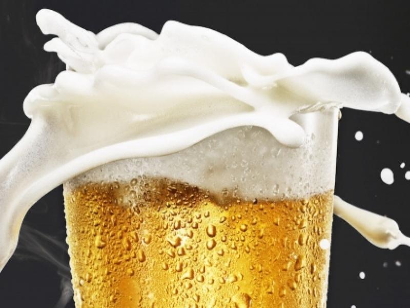 Πώς δημιουργείται και πώς επηρεάζει ο αφρός την μπύρα μας;