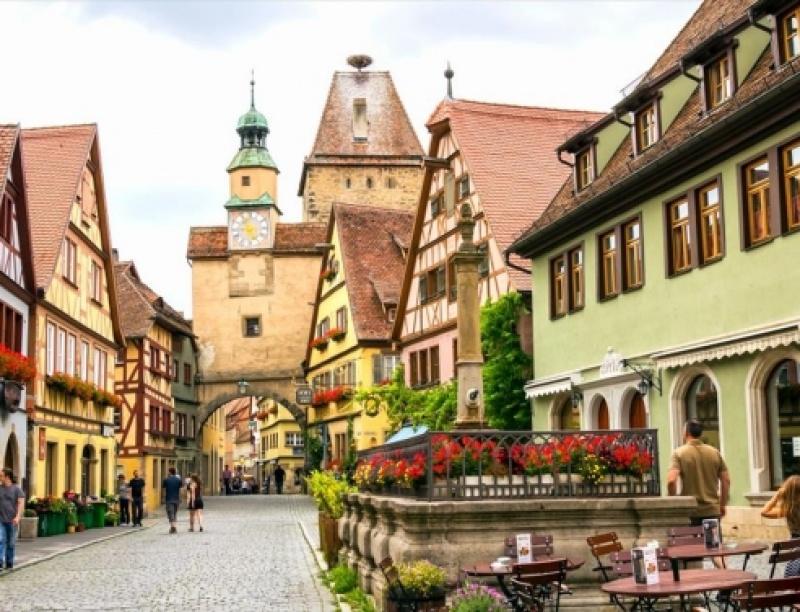Οι καλύτερες outsider πόλεις της Ευρώπης για φθινοπωρινά ταξίδια
