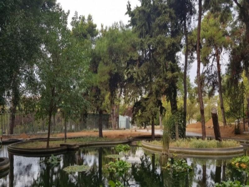 Το ΑΠΘ θα καλωσορίσει τους φοιτητές με τεχνητή λίμνη και παγκάκια για να αράζουν