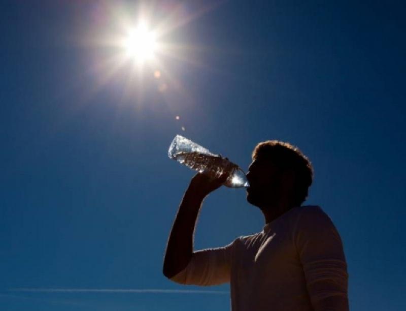 Καιρός: Μίνι καύσωνας - Πού θα φτάσει 41 βαθμούς η θερμοκρασία