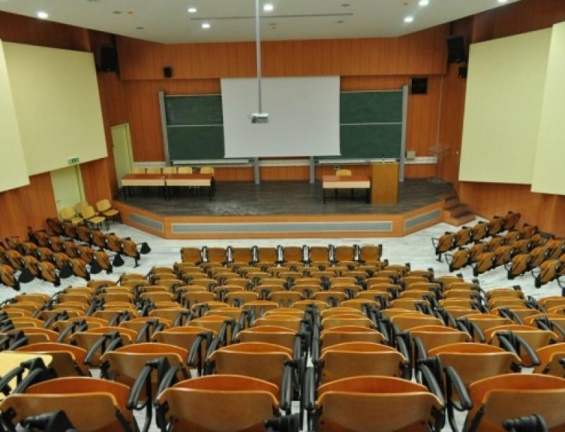 ΑΕΙ Προειδοποιούν: Με απώλεια εξαμήνου-εξαμήνων κινδυνεύουν οι φοιτητές