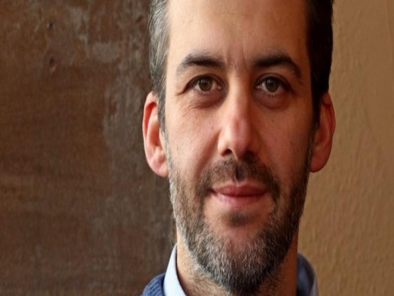 Κώστας Νικολόπουλος: Νέα διάκριση του Έλληνα καθηγητή φυσικής του Πανεπιστημίου ...