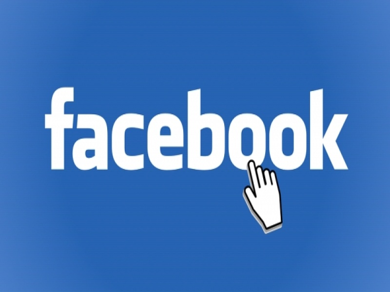 Facebook Dark Mode: Ξεκίνησαν οι δοκιμές στη desktop έκδοση του κοινωνικού δικτύ...