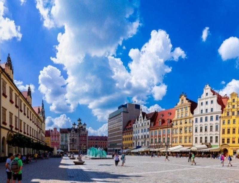 Οι πιο όμορφες πλατείες στην Ευρώπη!