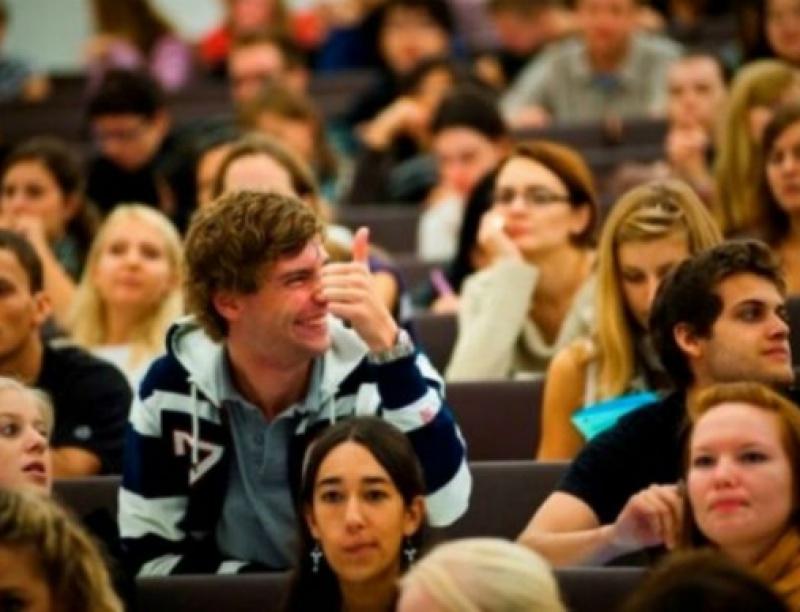 Είσαι φοιτητής και δουλεύεις; – Δες τα εργασιακά σου δικαιώματα