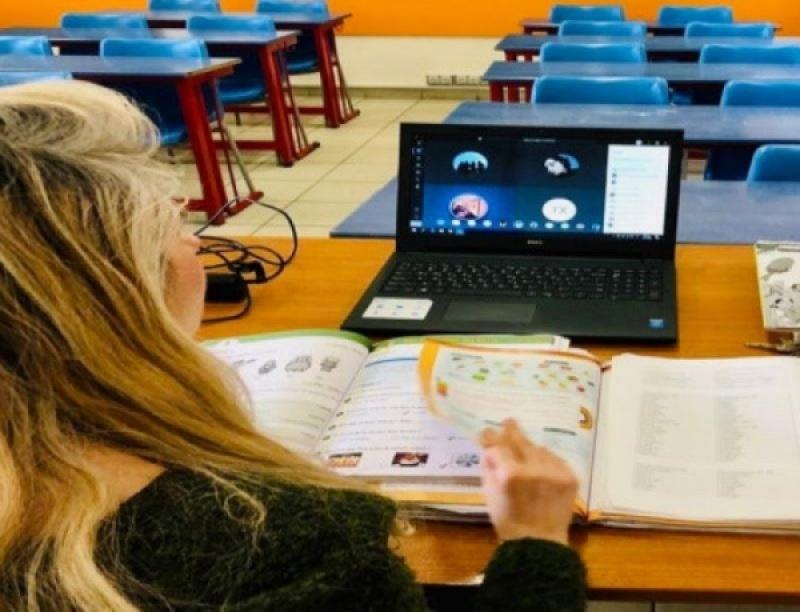 Το 20% των μαθητών παρουσιάζει αδυναμία συμμετοχής στην εξ αποστάσεως εκπαίδευση