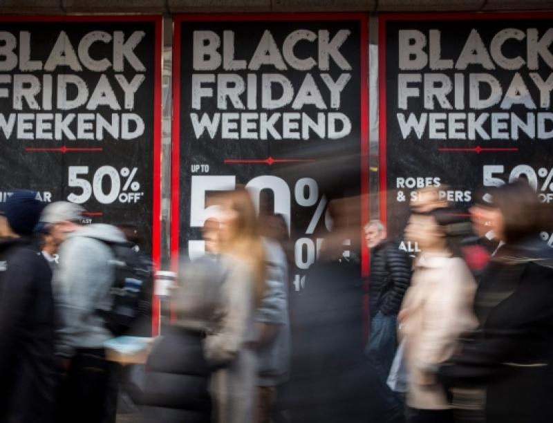 Μέχρι τα Χριστούγεννα θα πάρει παράταση η… Black Friday, κάτι καλό μπορεί να τσι...