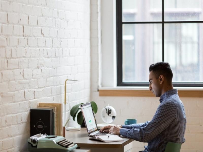 8 skills που μπορείς να μάθεις χωρίς να δώσεις μια περιουσία